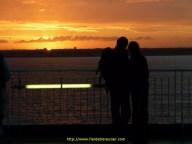 « tu vois chérie, c'est ce qu'on appelle un coucher de soleil » …. « ha bon? »