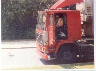 Bruxelles 1989 avec mon Volvo F12 de 399 CV. Je me suis arrêter pour visiter l'Atomium