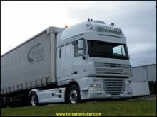.. alors du coup je me retrouve de nouveau avec un Daf, tous neuf, mieux équipé, une belle base pour faire un joli camion