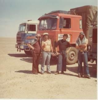 Hervé avec un chauffeur de chez Altariba de Lyon, Gineste et CARDELIN Jean Claude