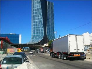 vers les quai d Arenc Marseille