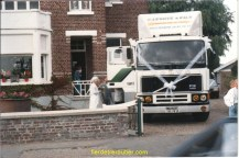 le mariage de ma sœur Brigitte devant la maison de Pierre « LEVOYE »