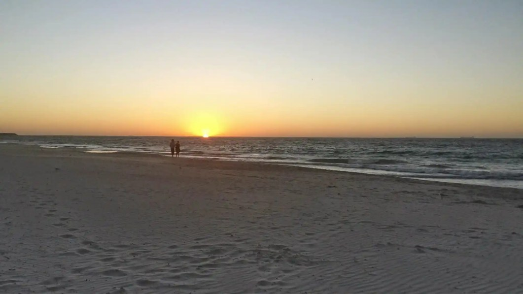 I also recommend a stroll along the beach at sunset