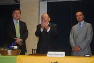 """Enrique Hernández Flores, agradece a Bibliófilos Taurinos de México, A.C. y a la concurrencia, suk asistencia y el Premio """"Eleuterio Martínez"""" (2011)"""