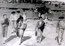 """El debut en """"La Morena"""", como segundo espada (Izquierda), y de primer espada Rafael Castillo (Derecha)"""
