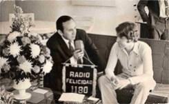 """Entrevistando al famoso Cantante Español """"Rafael"""" –""""El Divo de Linares""""-, a antes de su presentación, en su primera gira en México"""