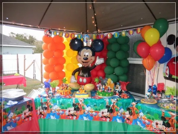 50 ideas de fiesta mickey mouse decoraciones - Ideas decoracion fiestas ...