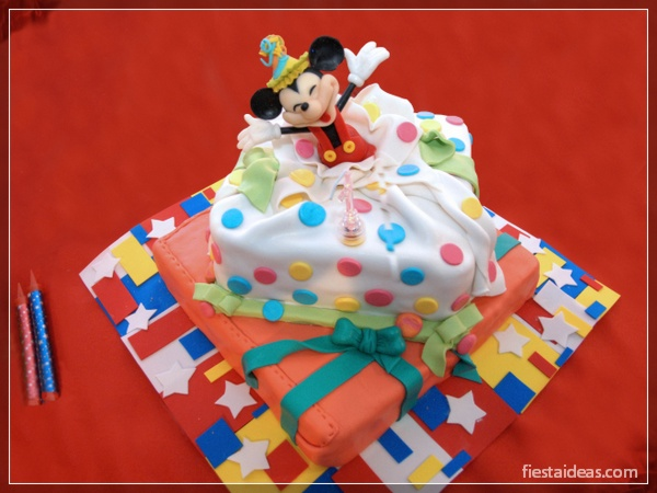 decoracion-fiesta-mickey-mouse-fiestaideasclub_tortas_00024