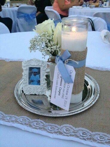centrosde mesa para bautizo con velas y lazos