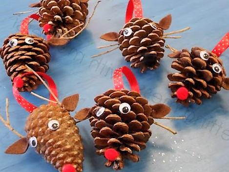 27 manualidades para navidad 2018 con originales ideas - Adornos de navidad hechos con pinas ...
