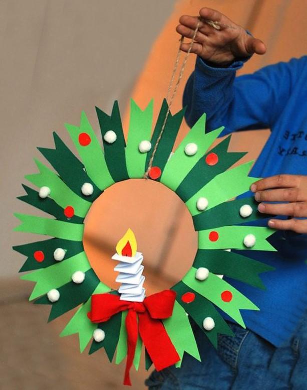 Coronas navideñas de papel paso a paso
