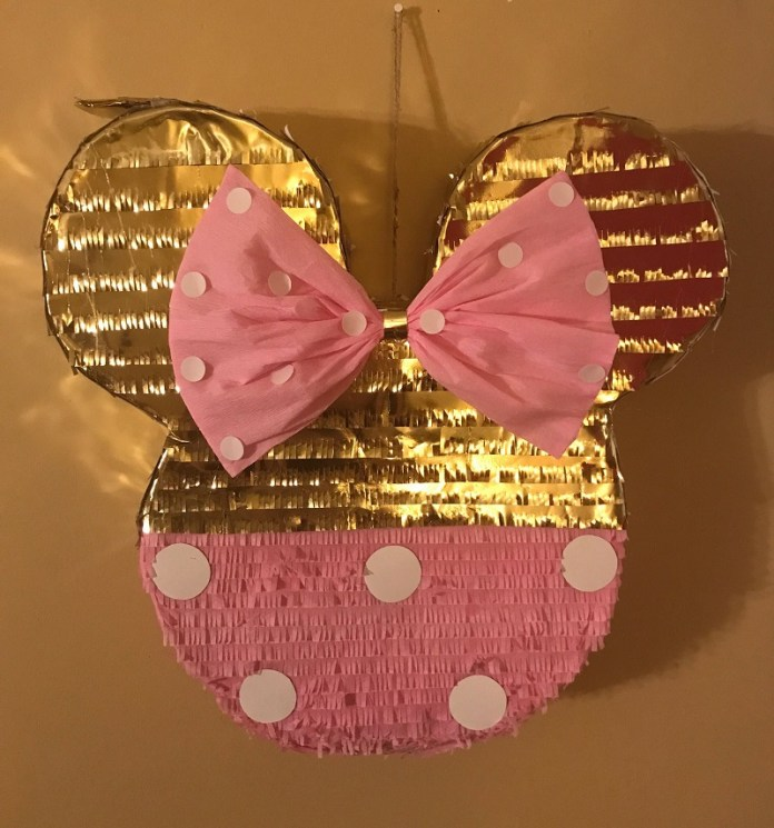 pinatas minnie mouse dorada