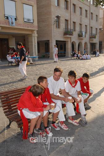 05-08-08-fiestas-de-estella-calle-mayor-comunicacion-y-publicidad (10)