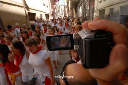 10-07-31 - fiestas de estella - calle mayor comunicación y publicidad (11)