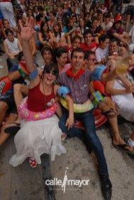 11-08-05 - fiestas de estella - calle mayor comunicación y publicidad (47)
