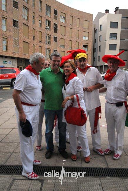 11-08-06 - fiestas de estella - calle mayor comunicación y publicidad (63)