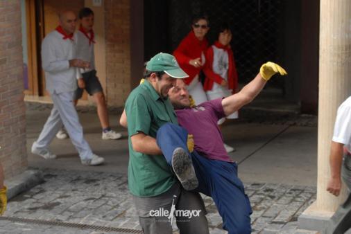 11-08-08 - fiestas de estella - calle mayor comunicación y publicidad (3)