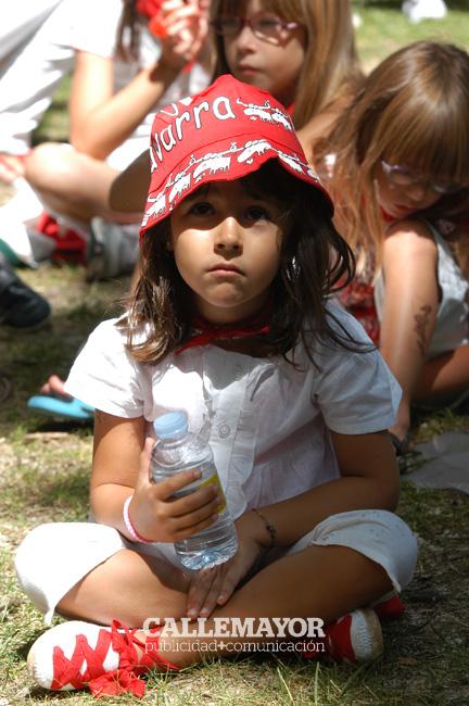 12-08-06 - fiestas de estella - calle mayor comunicacion y publicidad (7)