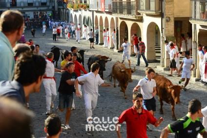 13-08-05 - fiestas de estella - calle mayor comunicacion y publicidad (2)
