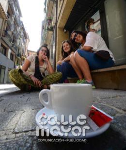 14-08-03-fiestas-de-estella-calle-mayor-comunicacion-y-publicidad-264