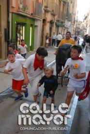 14-08-06-fiestas-de-estella-calle-mayor-comunicacion-y-publicidad-012
