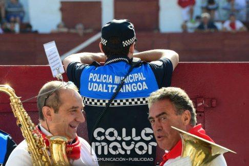 14-08-06-fiestas-de-estella-calle-mayor-comunicacion-y-publicidad-126