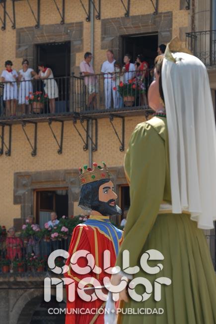 14-08-07-fiestas-de-estella-calle-mayor-comunicacion-y-publicidad-008