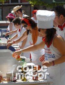 14-08-07-fiestas-de-estella-calle-mayor-comunicacion-y-publicidad-018
