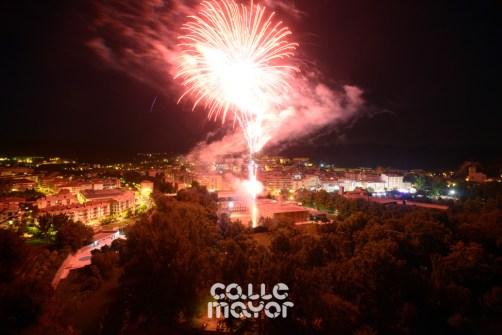 15-08-02-fiestas-de-estella-calle-mayor-comunicacion-y-publicidad- (61)