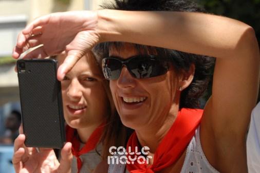 15-08-02-fiestas-de-estella-calle-mayor-comunicacion-y-publicidad- (81)