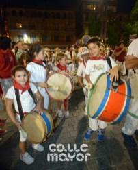 15-08-04-fiestas-de-estella-calle-mayor-comunicacion-y-publicidad-(114)