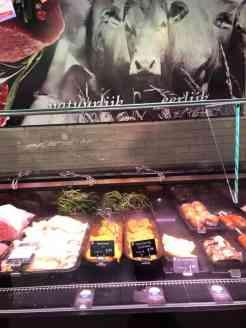 Bij Keurslager Poleij vlees halen — bij Keurslager Poleij.