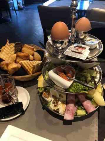 Ontbijtje bij Brasserie Cannes by Kim, aanrader! — bij Brasserie Cannes by Kim.