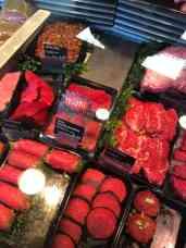 Elke donderdag drie biefstukken in de reclame bij ZWAARD, slagerij & traiteur — bij ZWAARD, slagerij & traiteur.