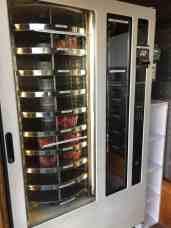 Langs de automaat bij Kwekerij de Haak voor aardbeien en contactloos betalen — bij Kwekerij de Haak.