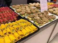 De heerlijke broodjes en wraps vol groenten lagen op ons te wachten — bij Jaarbeurs.