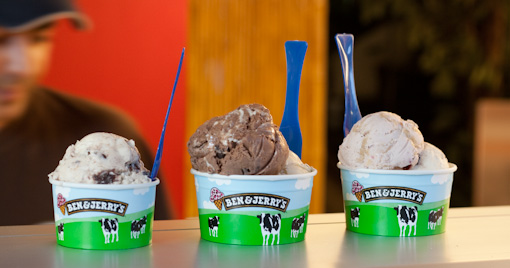 Aujourdhui, cest Ben & Jerrys qui régalent !   pots glaces benjerry