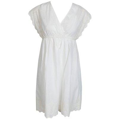 Moi aussi, je veux une robe blanche !   65688
