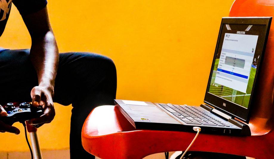 gaming laptop used as normal laptop
