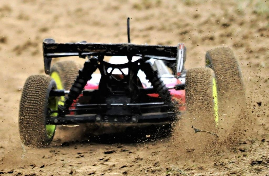remote control cars mudding