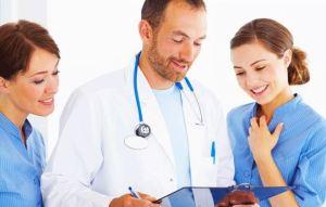 Ποιες ιατρικές εξετάσεις πρέπει να κάνουν οι γυναίκες ανάλογα με την ηλικία τους