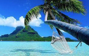 Η θάλασσα «ερεθίζει» τις σκέψεις και τις αναμνήσεις