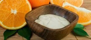 Diy μάσκα προσώπου από πορτοκάλι και γιαούρτι για δέρμα σαν μωρό
