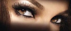 Έχεις καστανά μάτια; – Μάθε με ποιες σκιές θα τα τονίσεις