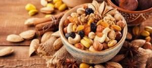 Οι ξηροί καρποί μειώνουν τον καρδιαγγειακό κίνδυνο για εμφράγματα και εγκεφαλικά