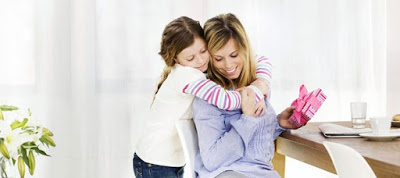 Πόσο μπορεί να επηρεάσει μια αγκαλιά τα παιδιά μας