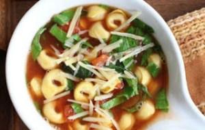Σούπα με τορτελίνια