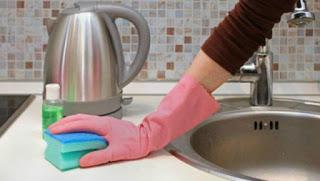 Read more about the article Πώς να καθαρίστε τον νεροχύτη σας με φυσικό τρόπο στο λεπτό!