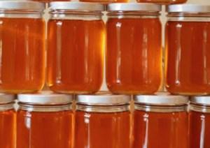 Να αγοράζετε μέλι μόνο από μελισσοκόμους: Και όταν μάθετε το γιατί δε θα σας αρέσει καθόλου!