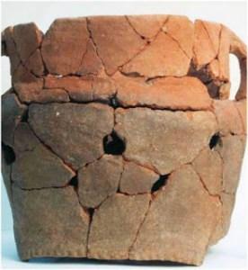 Read more about the article Η αρχαία «χύτρα ταχύτητας» που βρέθηκε στην Ακρόπολη! Λεγόταν «πύραυνος» και λειτουργούσε με κάρβουνα